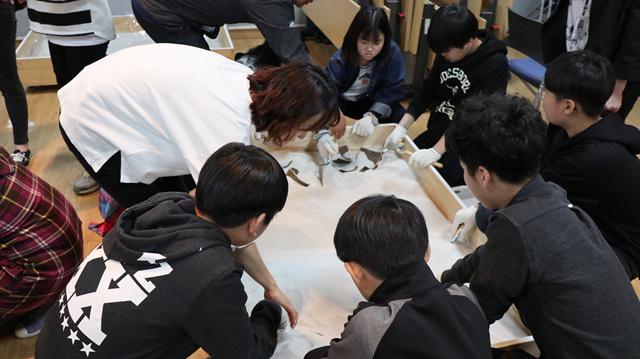 """(이메일신청)2019년 청소년단체 교육프로그램 """"박물관 속 미래를 꿈꾸다"""""""